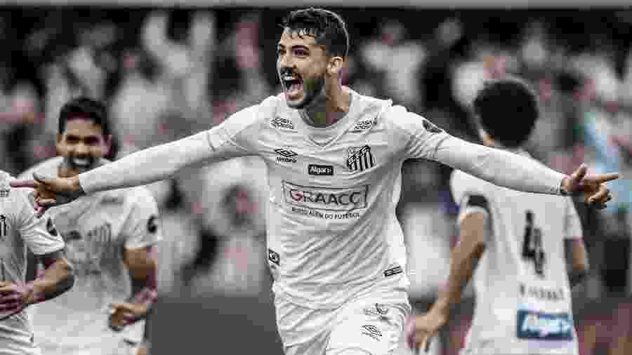 Gustavo Henrique comemora seu gol pelo Santos contra o Goiás - Ivan Storti/Santos FC