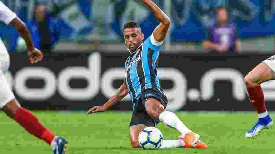 Michel, meio-campista do Grêmio, prega paciência na partida contra o Atlético-MG - Divulgação/Site oficial do Grêmio