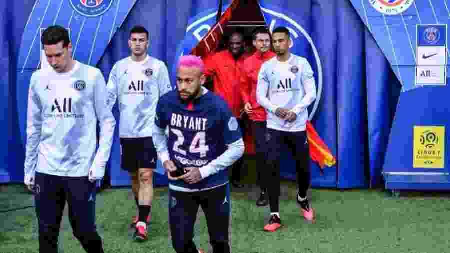 Neymar homenageou Kobe Bryant no Parque dos Príncipes - Reprodução / Twitter