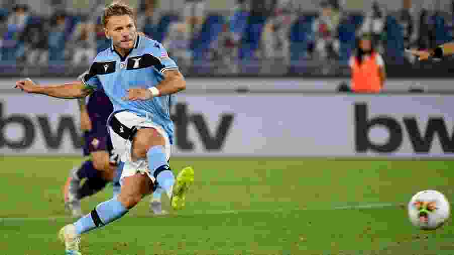 Ciro Immobile converte pênalti; a cena foi vista 14 vezes no Italiano e decidiu a Chuteira de Ouro do atleta - Getty Images