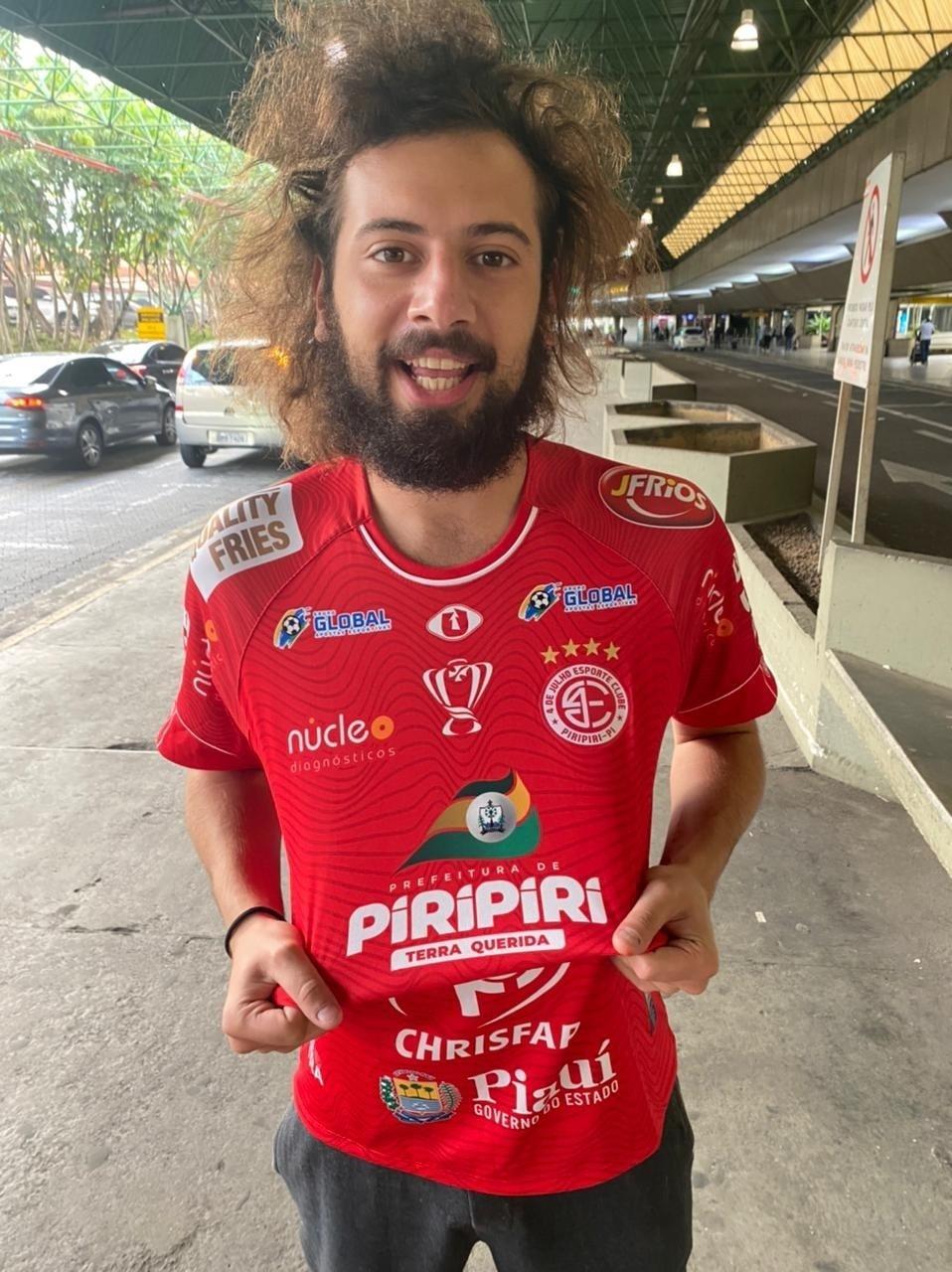 Cartolouco é contratado pelo 4 de Julho para partida contra o São Paulo