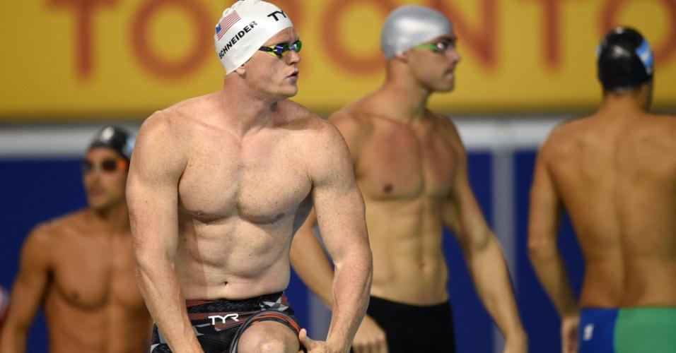 O nadador americano Josh Schneider antes da prova dos 4x100 livre, em Toronto
