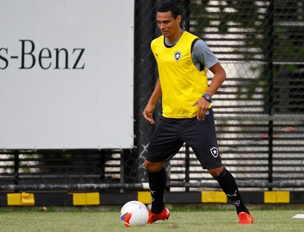 Emerson Silva, zagueiro do Botafogo