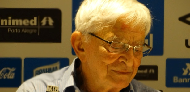 Ex-presidente lançou livro de memórias na Arena do Grêmio, nesta sexta-feira