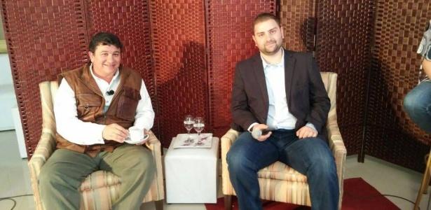 Luís Cláudio Lula da Silva (à direita) foi apresentado pelo Juventud nesta terça-feira (foto)