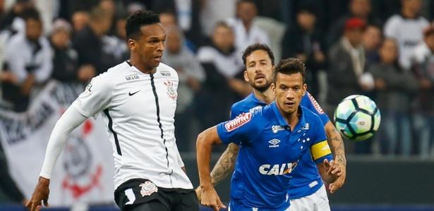 Apesar de alguns bons jogos, Cruzeiro só venceu uma partida em junho até agora - Marcello Zambrana/AGIF