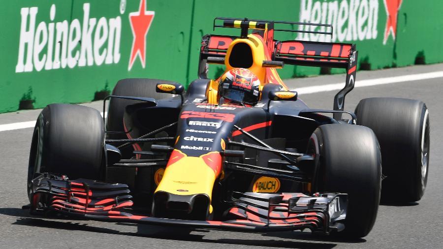 Verstappen durante segundo treino livre no Azerbaijão - Alexander Nemenov/AFP