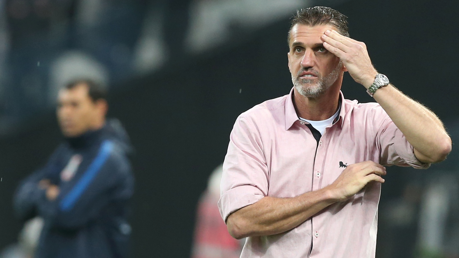 Vagner Mancini comanda o Vitória em visita à Arena Corinthians na abertura do segundo turno