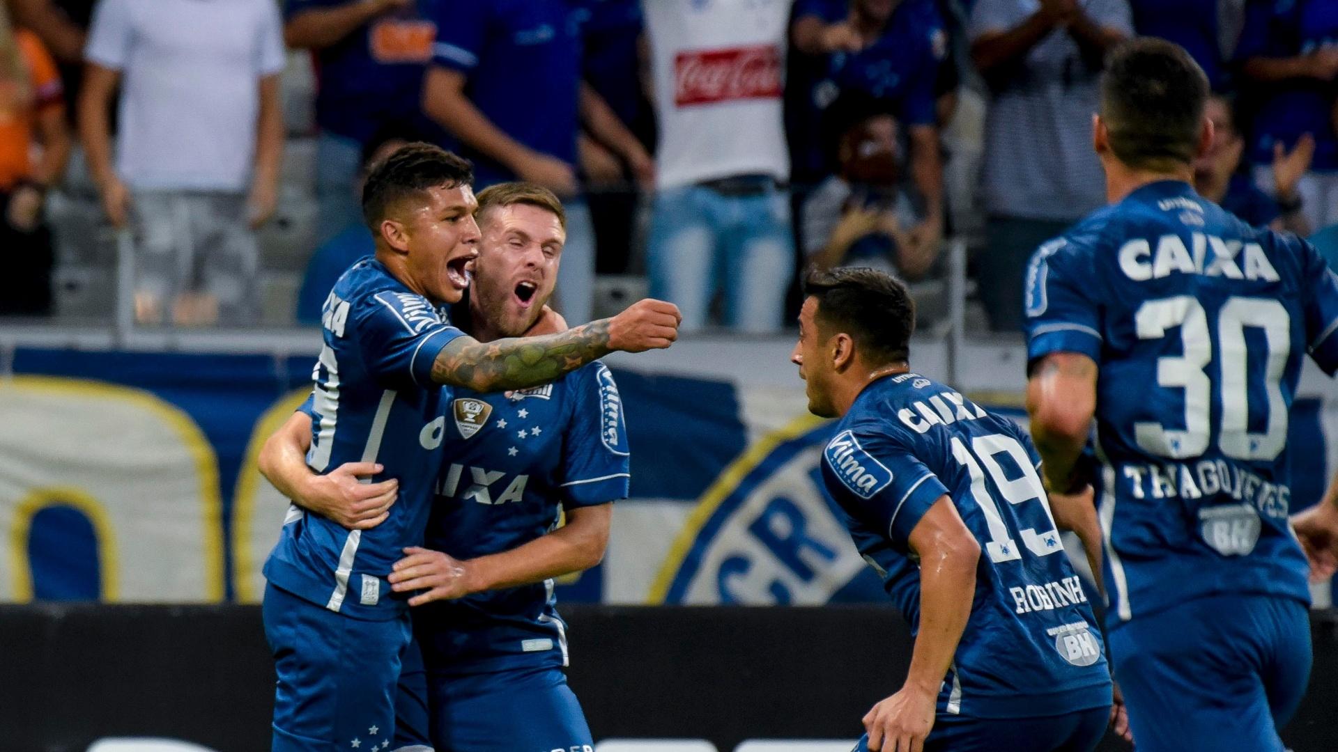 Lucas Romero empata para o Cruzeiro contra o Fluminense