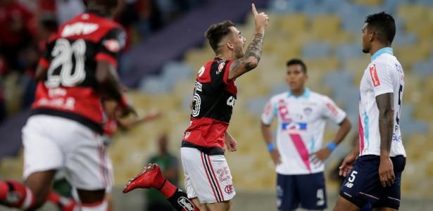 Felipe Vizeu fez o gol da vitória do Flamengo sobre o Junior Barranquilla