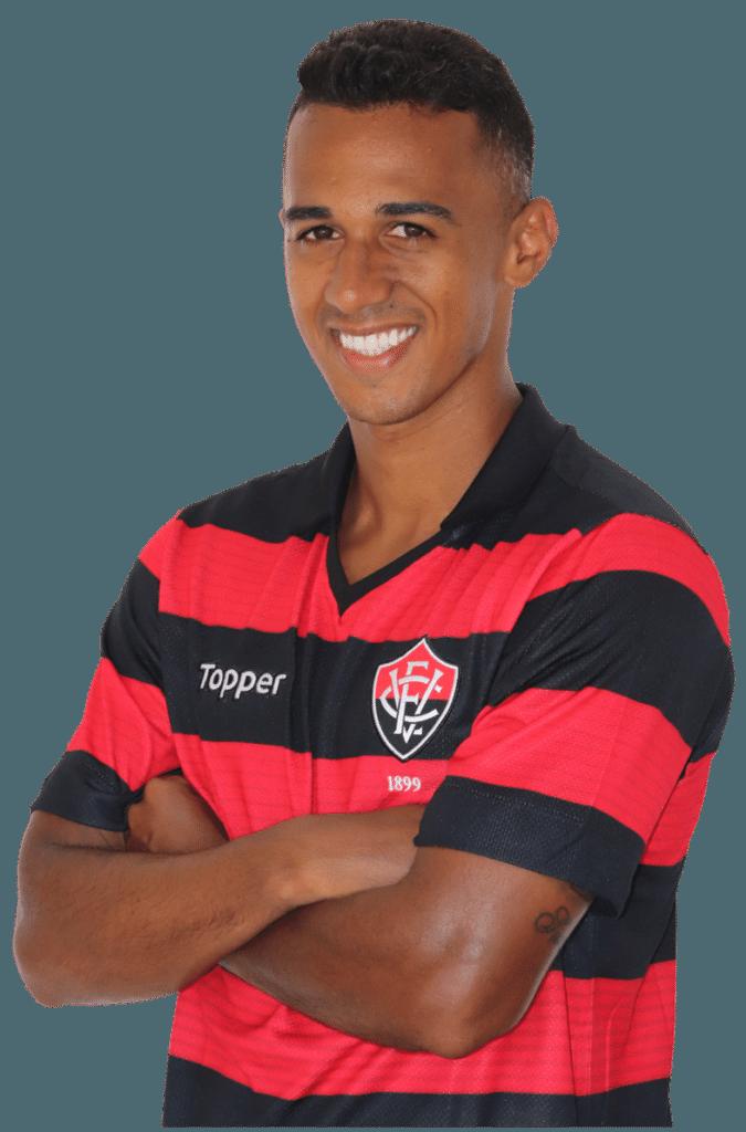 Evanildo Borges Barbosa Júnior, lateral esquerdo do Vitória