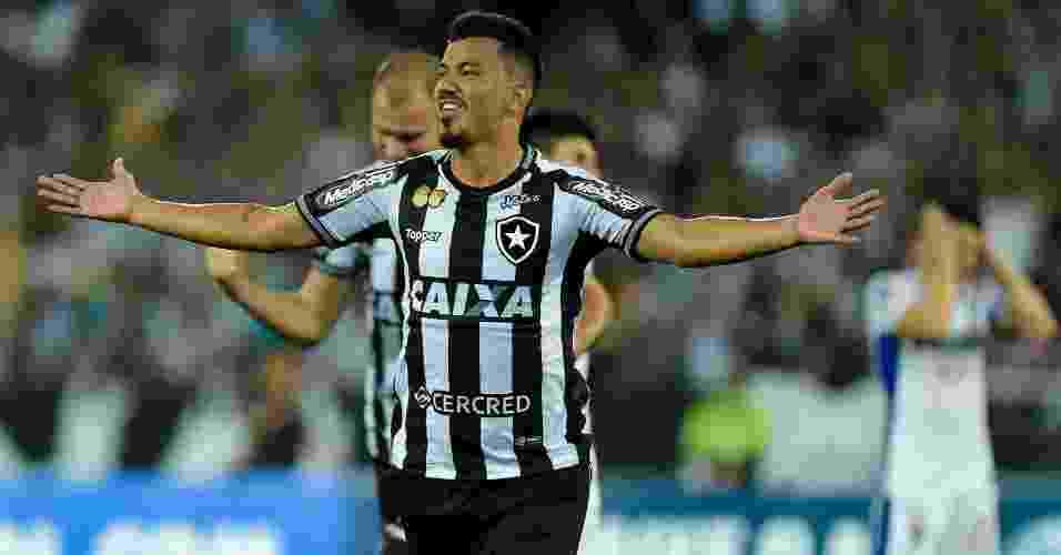 5505209dc2 Thiago Ribeiro AGIF