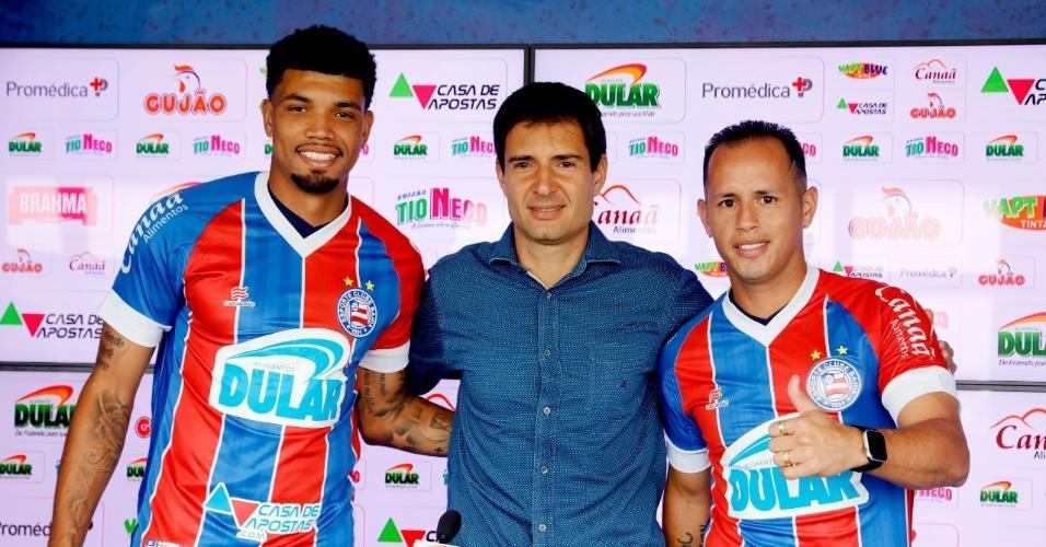 Juninho (esq.) e Guerra (dir.) são apresentados pelo Bahia