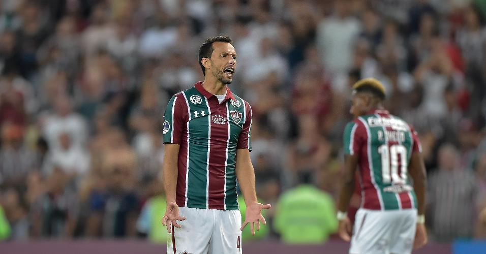 Nenê reclama Fluminense Corinthians Copa Sul-Americana