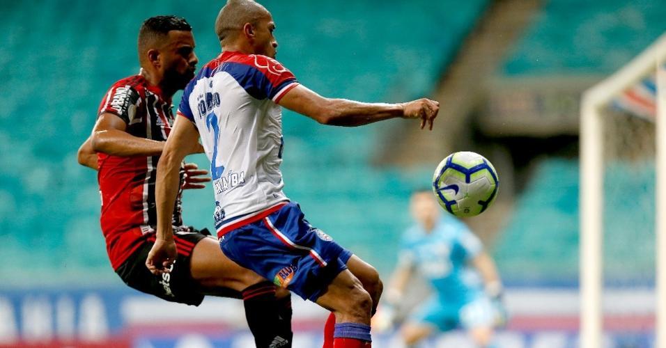 Reinaldo e Nino Paraíba, durante partida entre São Paulo e Bahia