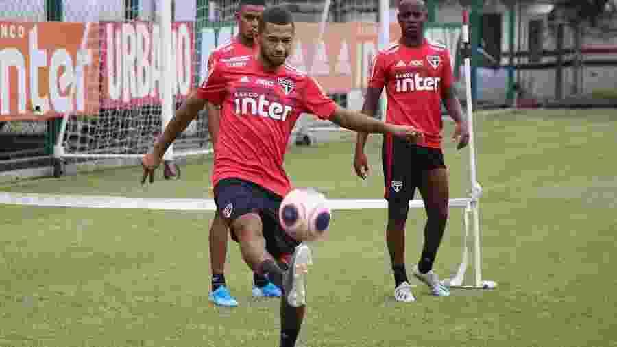 Fabinho, atacante do São Paulo formado em Cotia - Rubens Chiri/saopaulofc.net