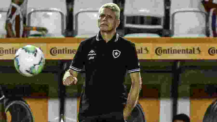 Técnico do Botafogo, Paulo Autuori dedicou vitória a Valdir Espinosa, que morreu na última quinta-feira (27) - Paulo Paiva/AGIF