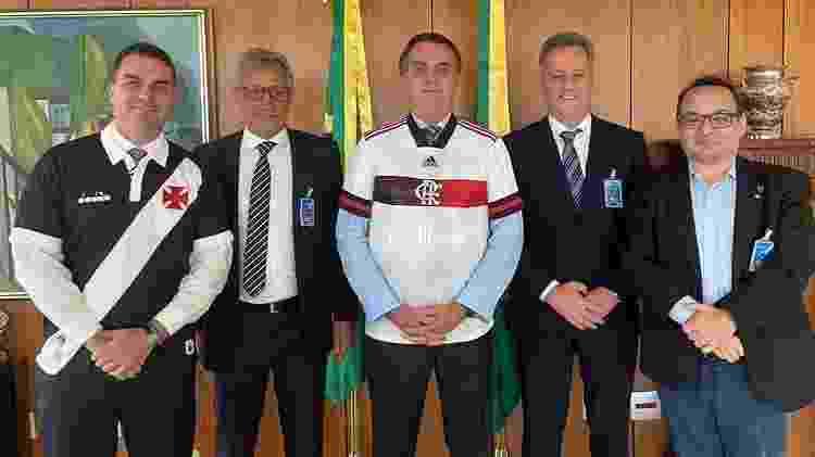 Presidentes de Fla e Vasco, Landim e Campello se encontraram com Jair Bolsonaro - Reprodução/Instagram Flávio Bolsonaro - Reprodução/Instagram Flávio Bolsonaro