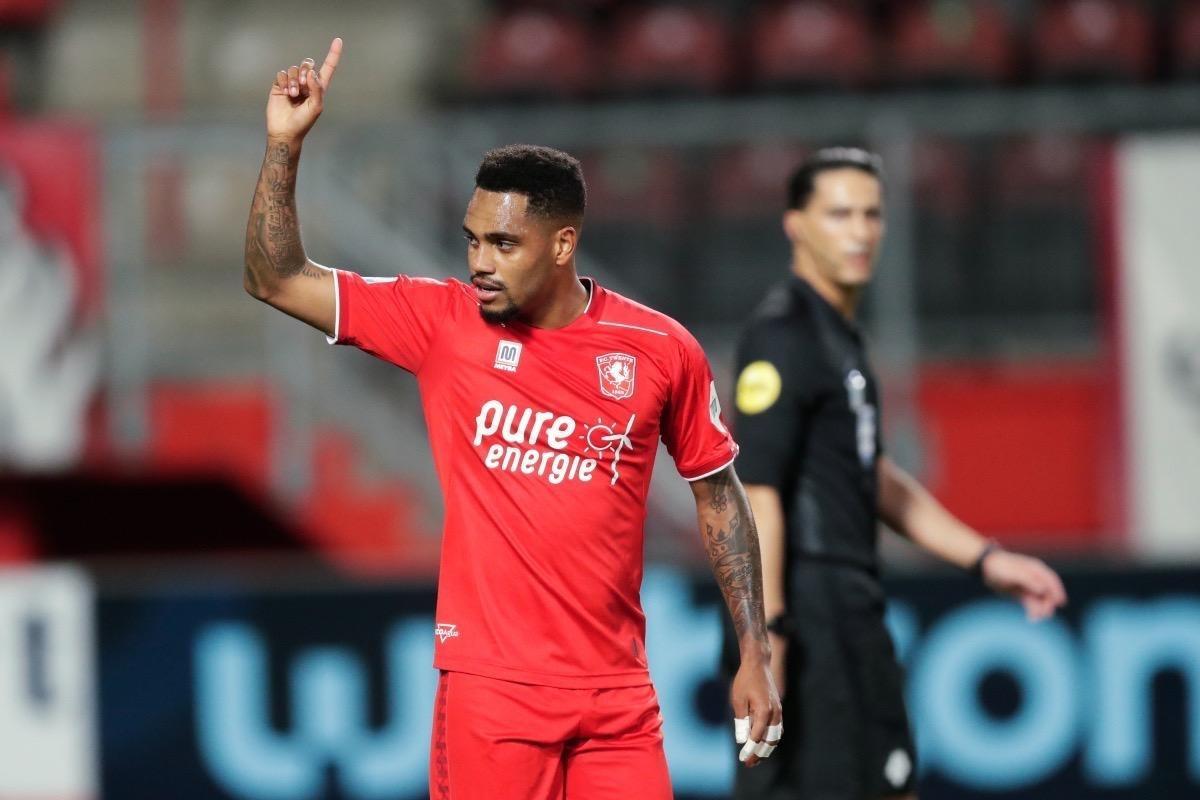 """Jogador do mês na Holanda, Danilo Pereira revela: """"Santos não me quis"""" - 07/11/2020 - UOL Esporte"""