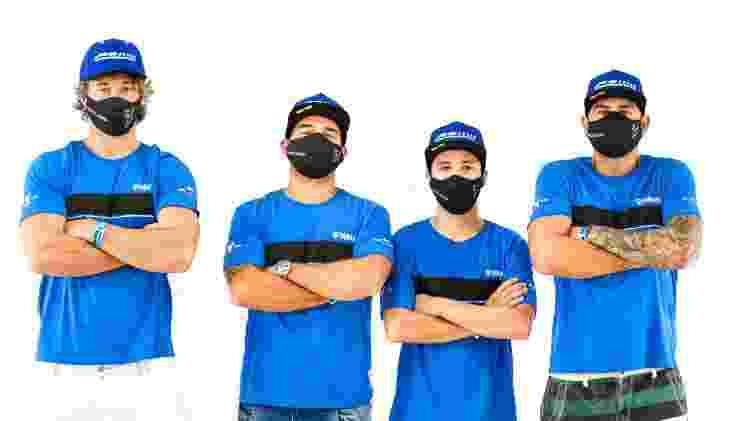 Diego Lugano, Marcelo Simões, Lincoln Melo e Edinho Picoloko, equipe do ex-zagueiro em corrida em Goiânia - Divulgação - Divulgação