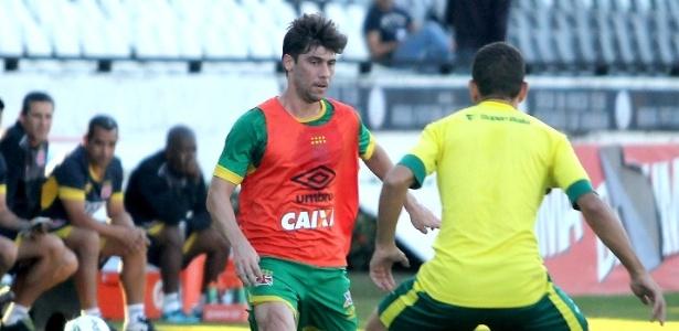 Fellype Gabriel já está participando de trabalhos com bola no Vasco