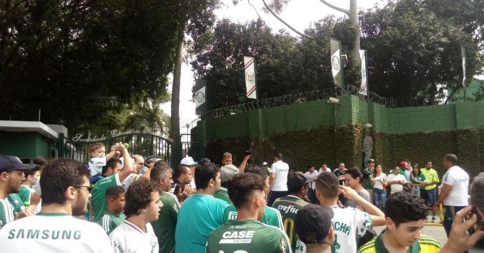 Torcedores apoiam Palmeiras no último treino antes de decisão