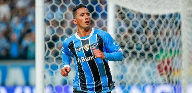 Barrios tem contrato com o Grêmio até dezembro e ainda não tratou de renovação