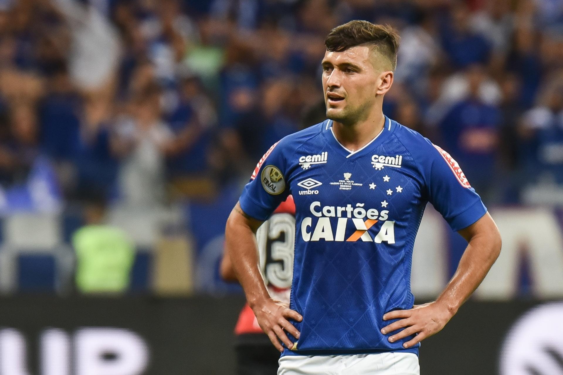 Cruzeiro ataca agente de Arrascaeta em nota