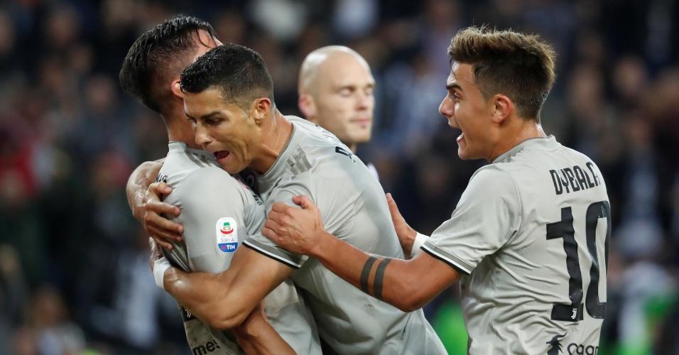 CR7 abraça Bentancur por gol contra Udinese