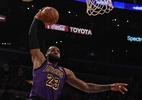 LeBron lidera virada dos Lakers sobre Mavericks