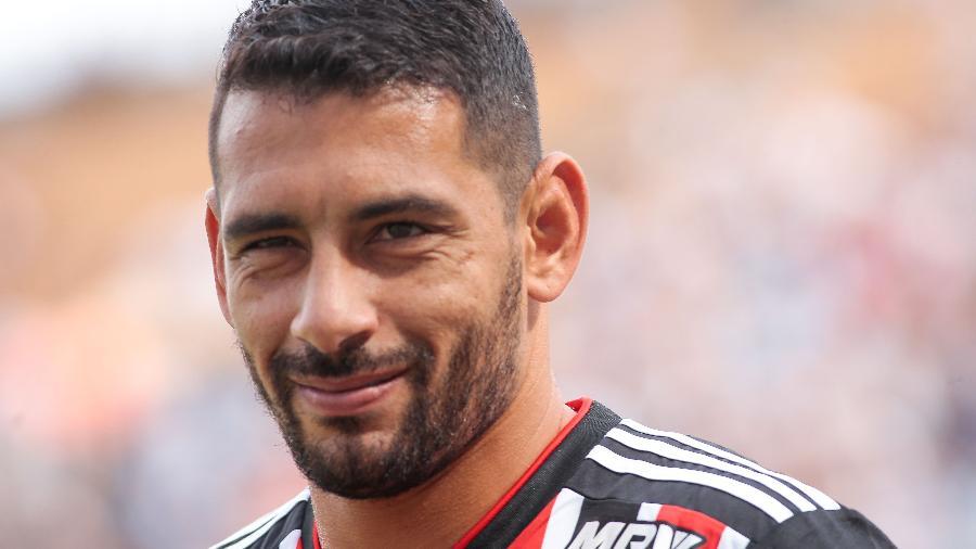 Diego Souza está cada vez mais próximo do Botafogo, mas ainda precisa de acordo com São Paulo - Marcello Zambrana/AGIF