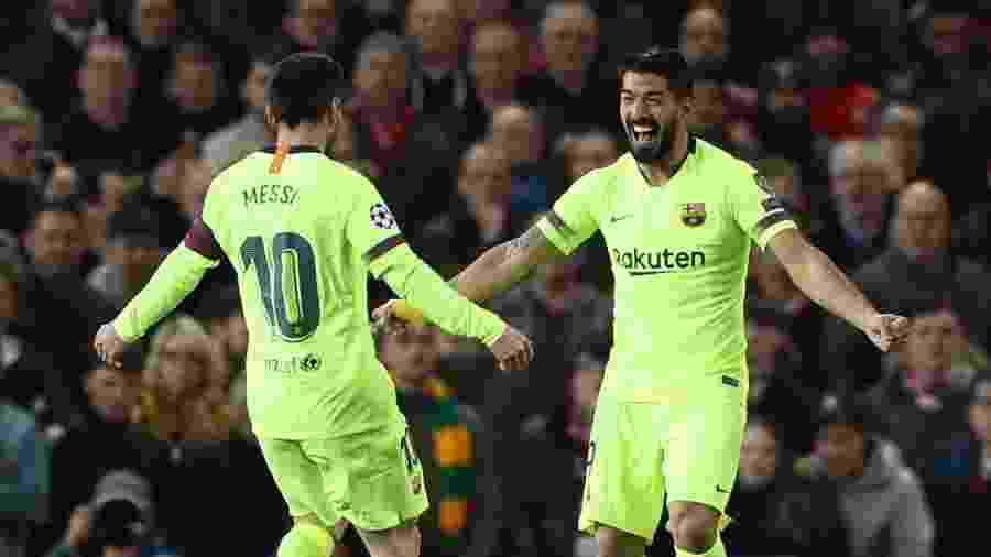 Suárez comemora gol do Barcelona contra o Manchester United - Action Images via Reuters/Lee Smith