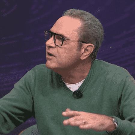 """Narrador Luis Roberto fala durante o programa """"Seleção SporTV"""" - reprodução/SporTV"""