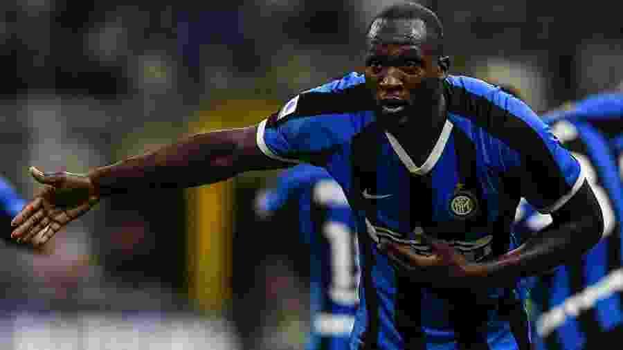 Lukaku comemora gol da Inter de Milão contra o Lecce - Miguel MEDINA / AFP