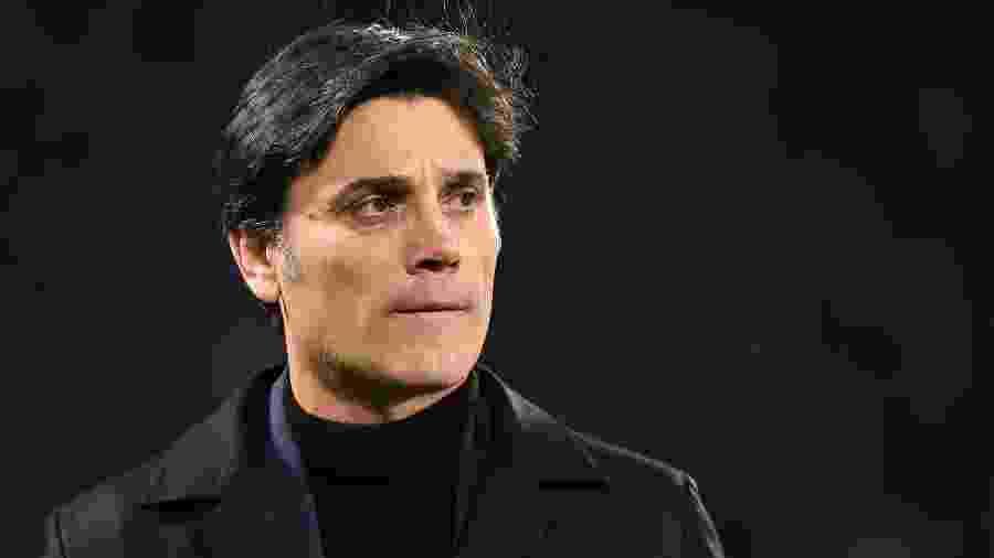 Treinador deixa o cargo com equipe na 14ª colocação do Italiano; clube ainda não tem sucessor definido - Filippo Monteforte/AFP