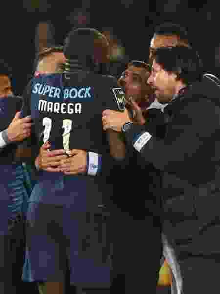 Moussa Marega abandona jogo depois de ser alvo de insultos racistas - Miguel Riopa/AFP