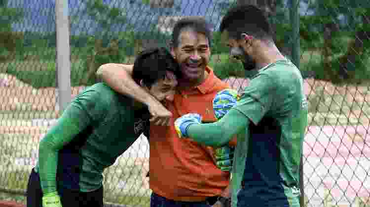 Marcelo com o ídolo Paulo Victor e Marcos Felipe em treino do Fluminense - Mailson Santana/Fluminense FC - Mailson Santana/Fluminense FC