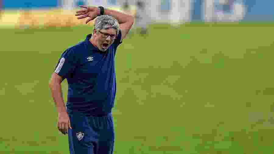 Odair Hellmann, técnico do Fluminense, dirige time  - Thiago Ribeiro/AGIF