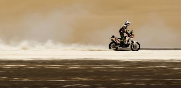 Piloto francês morre cinco dias após grave acidente em etapa do Rally Dakar