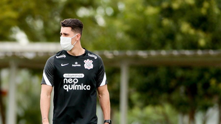 Danilo Avelar em treino do Corinthians - Rodrigo Coca / Agência Corinthians