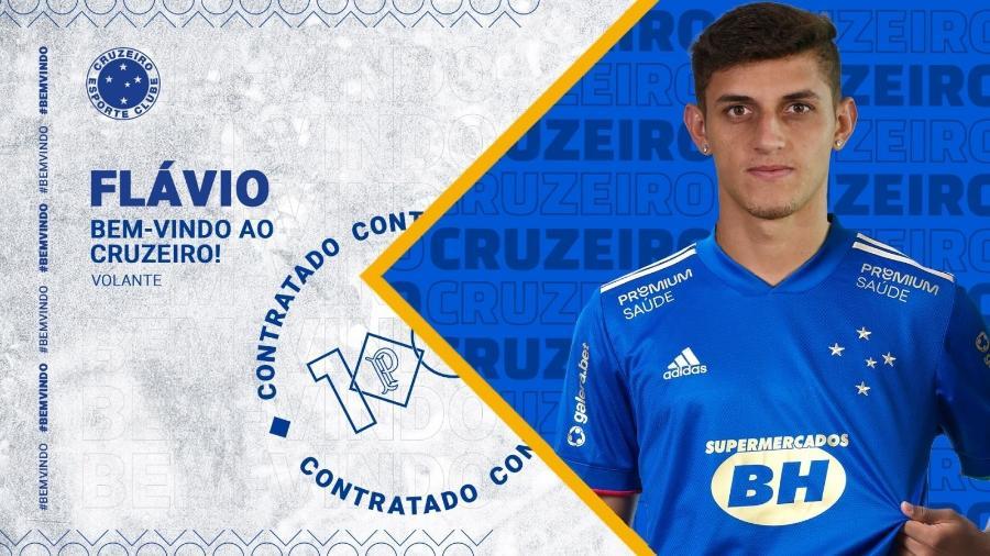 Jovem volante Flávio é o 11º contratado do Cruzeiro para a temporada 2021 - Divulgação/Cruzeiro