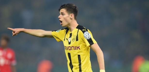 Weigl em ação pelo Borussia Dortmund