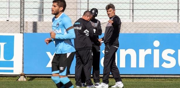 Renato Gaúcho comanda treinamento no Grêmio em sua terceira passagem