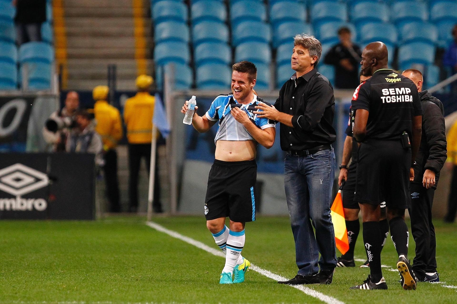 e2dd212875 Grêmio evita pensar na escalação do Palmeiras e alerta contra acomodação -  18 10 2016 - UOL Esporte