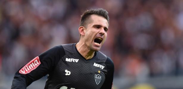 Victor, goleiro do Atlético-MG, é pivô de uma disputa entre o clube e o Grêmio