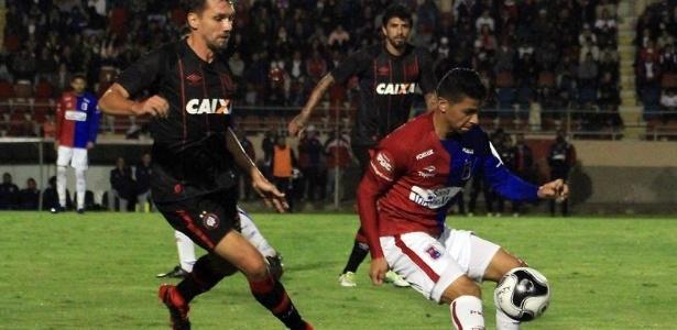 Paraná venceu e eliminaria Atlético, não fosse o Rio Branco