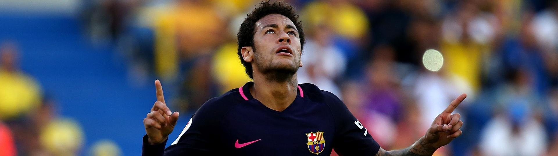 Neymar comemora primeiro gol do Barcelona sobre o Las Palmas