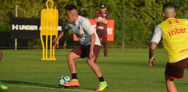Cueva tem duas assistências e um gol no Campeonato Brasileiro