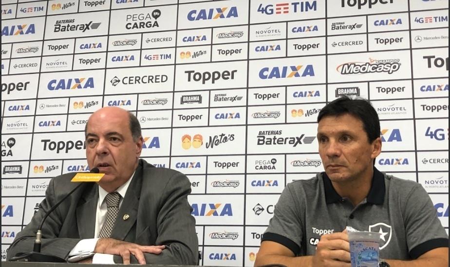 Zé Ricardo é apresentado pelo presidente Nelson Mufarrej no Botafogo