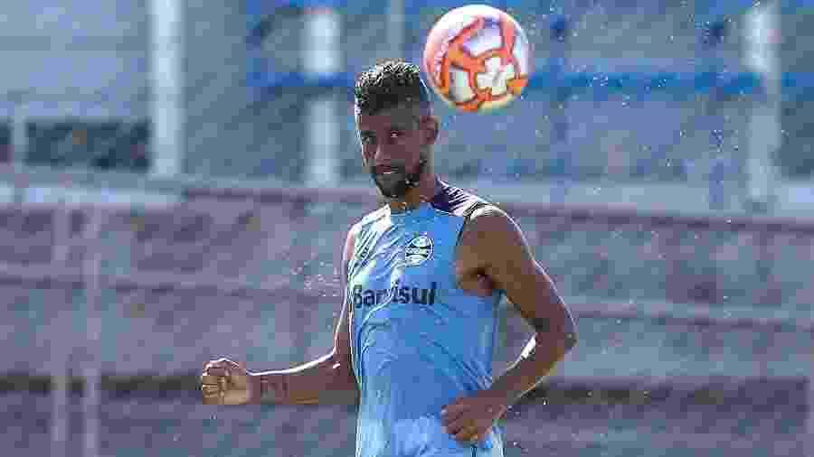 Lateral-direito Léo Moura, atualmente, defende o Grêmio - Lucas Uebel/Grêmio